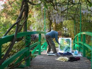 SM Painting on Bridge