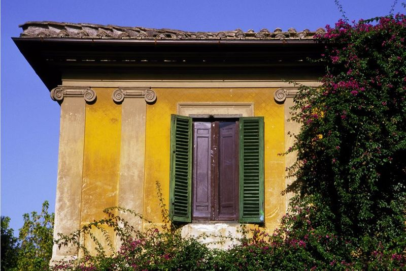 GB ROMAN HOUSE